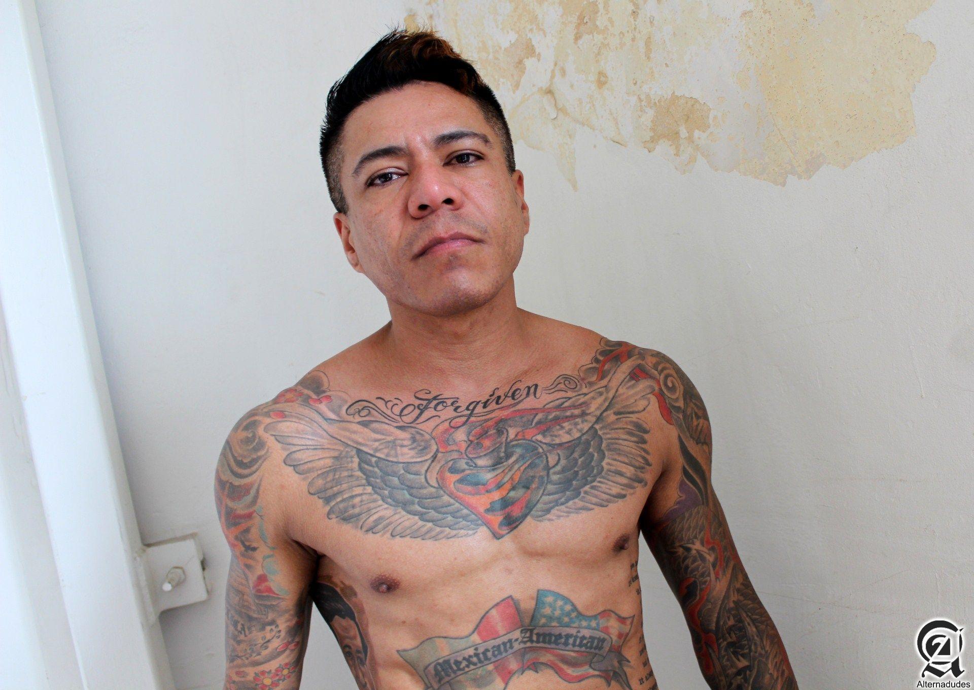 Alternadudes-Maxx-Sanchez-Tatted-Mexican-Daddy-Big-Cock-Amateur-Gay-Porn-01.jpg