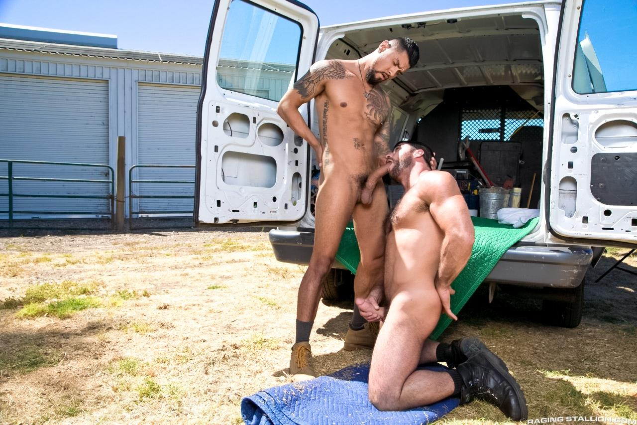 Raging-Stallion-Boomer-Banks-Mike-Dozer-Huge-Uncut-Cock-Fucking-A-Hitchhiker-Amateur-Gay-Porn-03.jpg