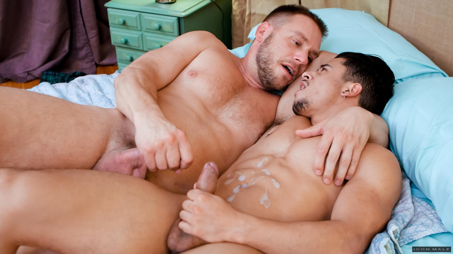 Icon-Male-Armond-Rizzo-and-Hans-Berlin-Gay-Guys-Fucking-15 Armond Rizzo Gets Fucked By Big Uncut Daddy Dick Hans Berlin