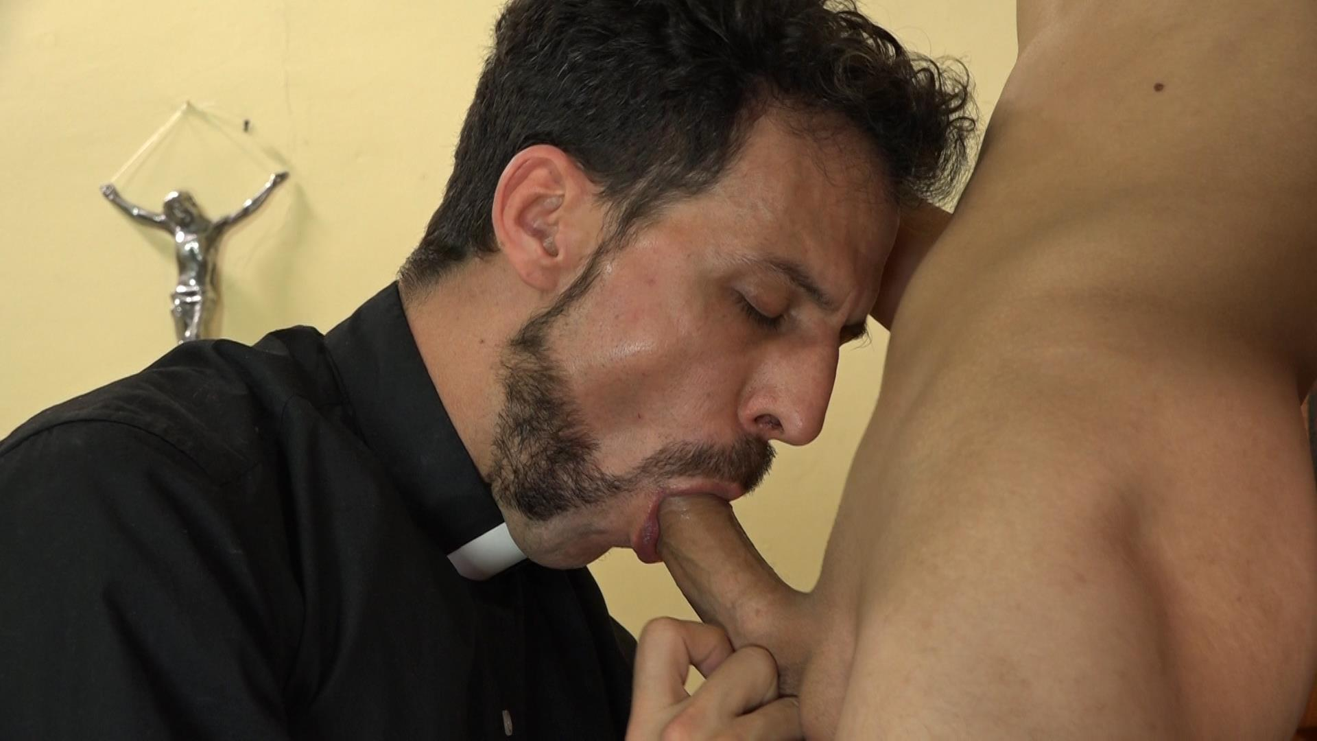 Bareback-Me-Daddy-Catholic-Priest-Fucks-A-College-Student-Bareback-Gay-Sex-11 Getting Bareback Fucked By An Older Catholic Priest!